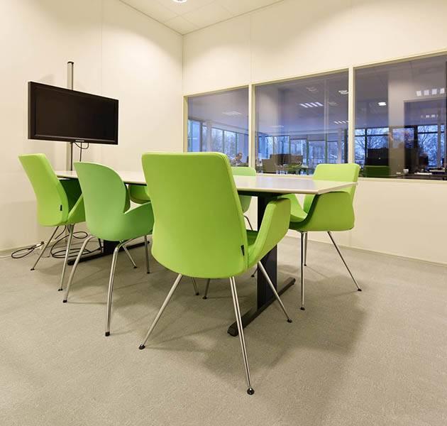 Inspiration Grande Reference office dalles Metropolitan grafik block salle de reunion intermediare