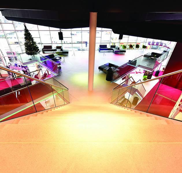 Inspiration Grande Reference hotel office cinema le design concept constellation descente escaliers