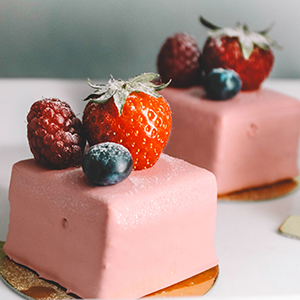 gateaux-fraise-cassis.jpg