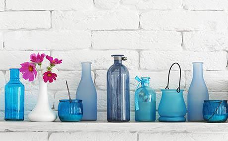 Inspiracja kolory sztuka dekoracyjna butelki szkło niebieski